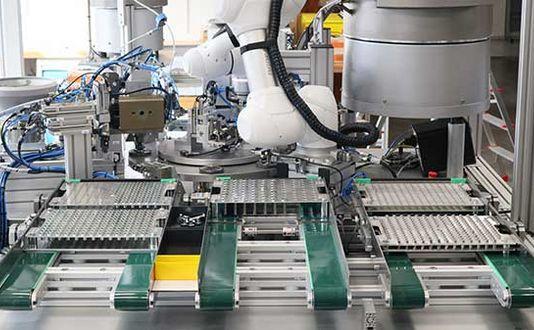 Rundtaktanlage zur Herstellung von Elektromagneten