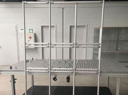 Vormontagetisch für Durchlaufregale mit Rollenbahnen