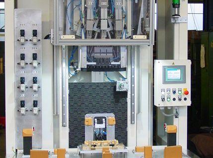 Kunststoffschweißen mittels Ultraschall Schweißmaschine