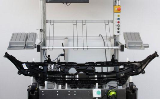 Montagevorrichtung für Kühlergrill