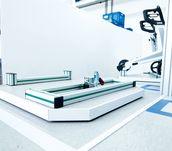Ergonomischer Montagearbeitsplatz im Einsatz