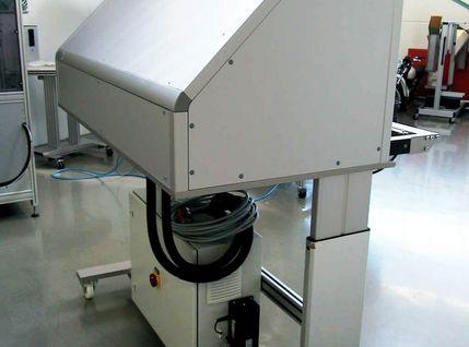 Fahrbare AVT-Siegelstation 1400 MED mit Handschweißgerät