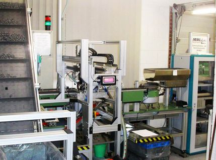 Verpress- und Kontrollautomation