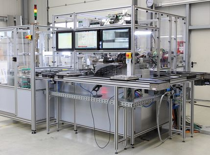 Messanlage mit automatischen Mess- und Prüfprozessen