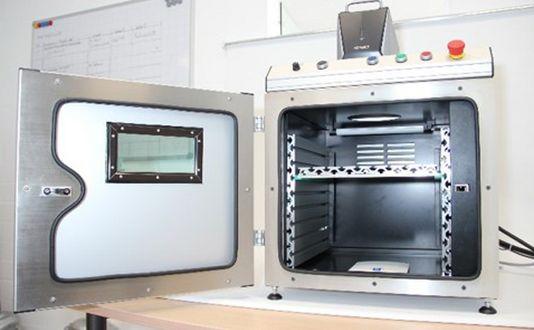 Laserschutzkabinen von TRIMA-TEC – Energiereiche Laser sicher nutzen Experteninterview mit Mathias Schacht