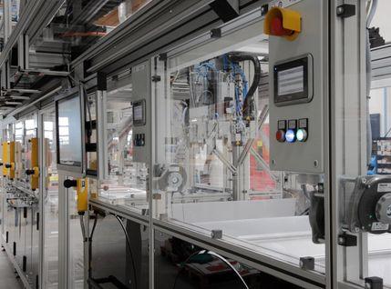 Montageautomat mit hoher Benutzerfreundlichkeit und Ergonomie