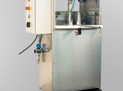 Anfasmaschine zum abfasen von Aluminiumprofilen