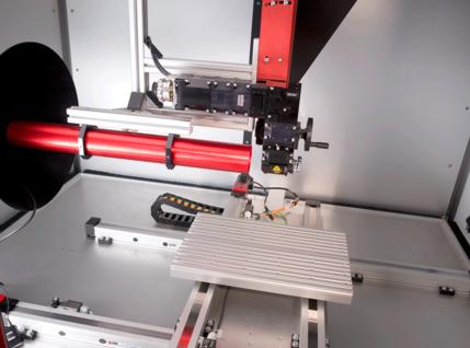 Offene Laserkabine zur Profilbearbeitung