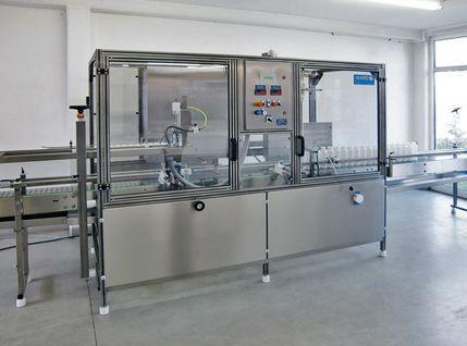 Automatische Abfüllanlage mit flexiblen Komponenten