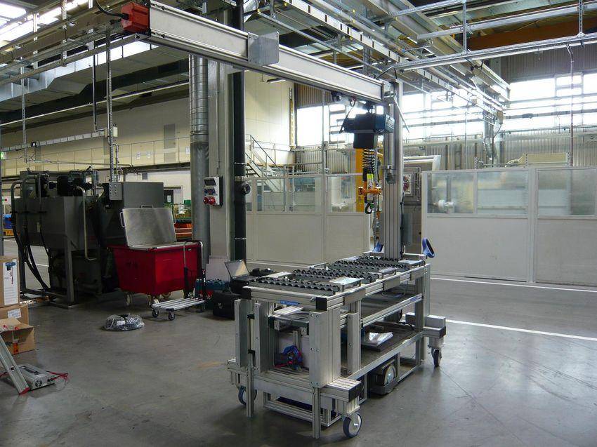 Logistikwagen zum kommissionieren von ATL Bauteilen